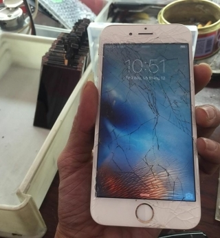 Phone Screen repair in Hoi An